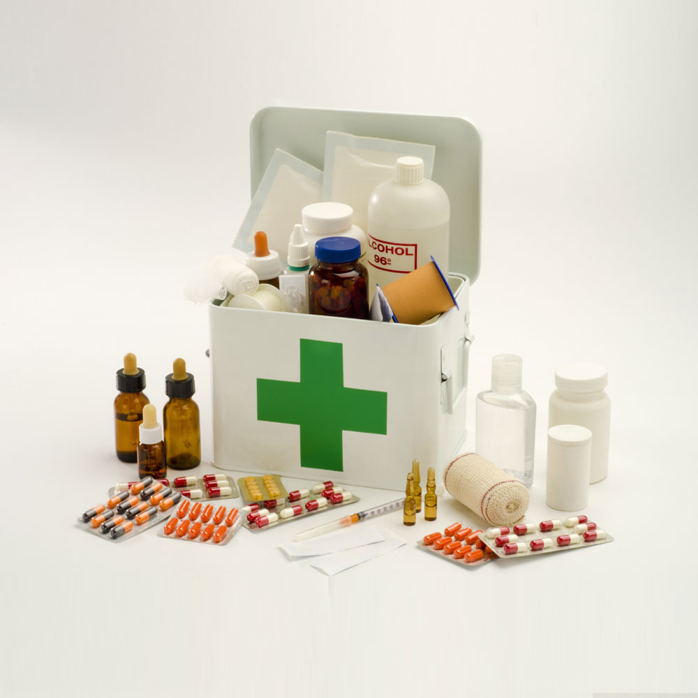 Medicine kit with other medical paraphernalias used for emergency.